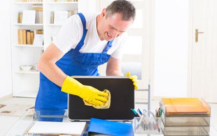 Cómo ahorrar tiempo y dinero en la limpieza y mantenimiento de tu empresa