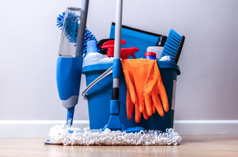 Herramientas de limpieza para oficinas: tipos, usos y selección